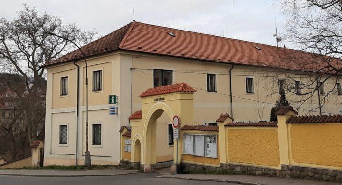 Areál Starého zámku v Hořovicích, v němž sídlí i Informační centrum Hořovice